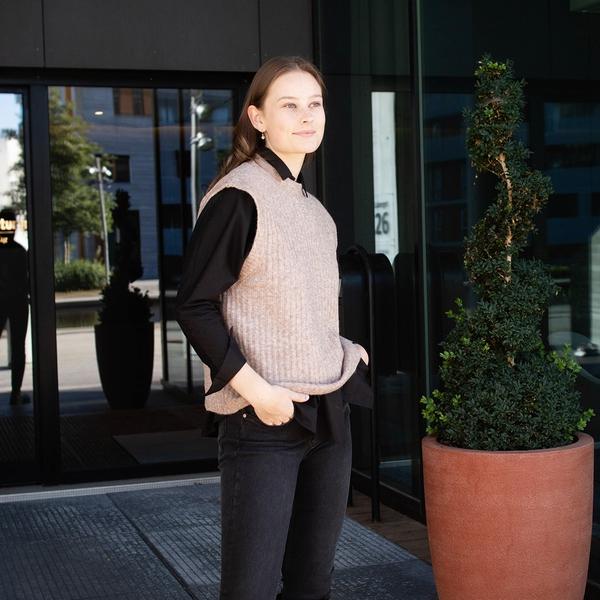 Bilde av Norr - Vest Norby o-neck knit waistcoat