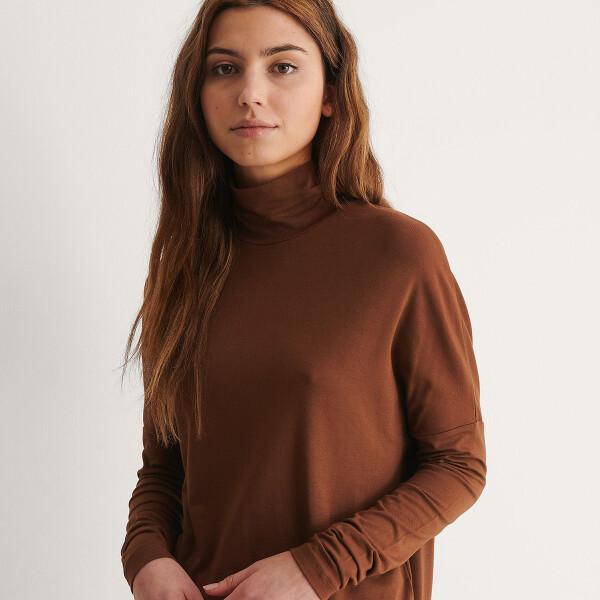 Bilde av NA-KD - Genser High-Neck Sweater Brun