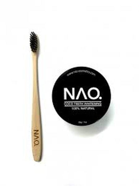 Bilde av NAO Cosmetics bambus tannbørste