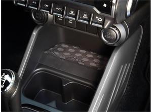 Bilde av inbay integrert Qi ladeplate (10W) Suzuki Ignis