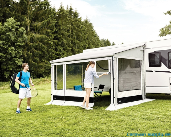 Bilde av Frontvegg Safari Residence G3 L:450cm 215-274cm