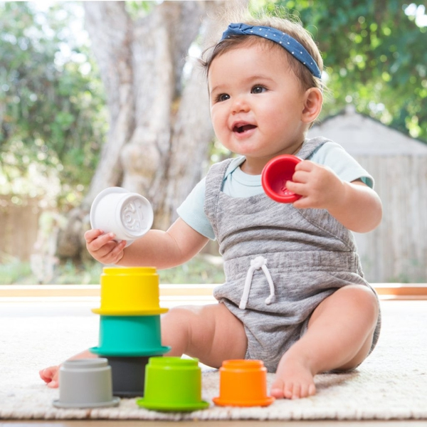Bilde av INFANTINO – BYGGEBEGER – 8 DELER