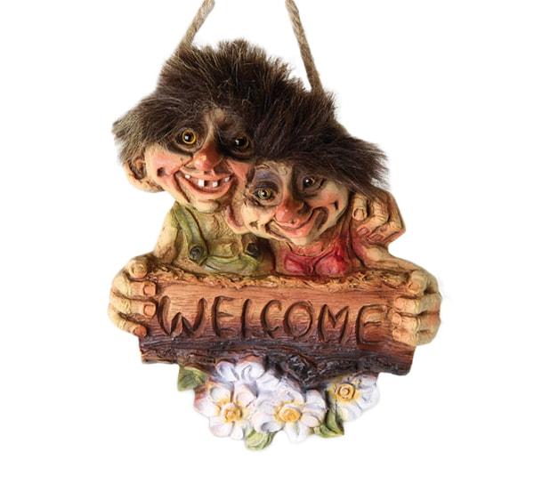 Image of Troll couple Welcome sign (Troll # 202)
