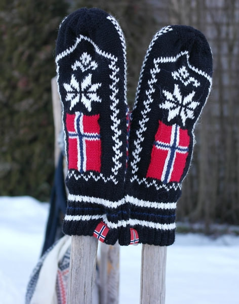 Image of Knitted mittens with flag and star black/white