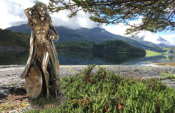 Image of Norse God, 'Freya'