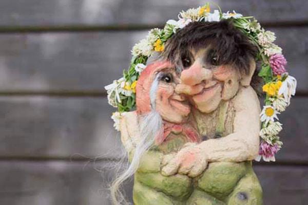 Image of Troll  Happy Couple (Troll # 126)