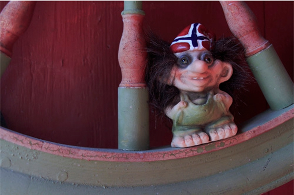 Image of Troll with Norwegian hat(Troll # 091)