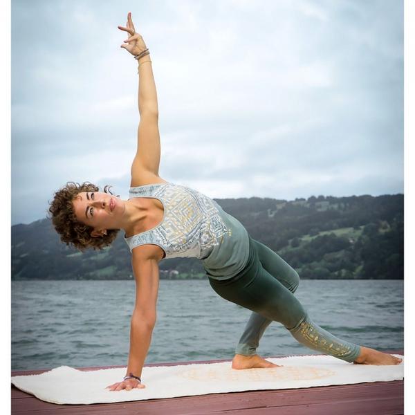 Bilde av Bakti Yoga Top Grønn