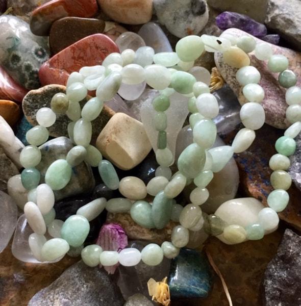 Bilde av Armbånd Jade Grønn Nuggets