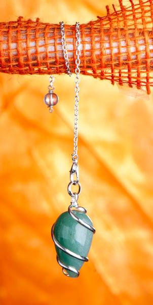 Bilde av Aventurin Grønn Spiral Pendel