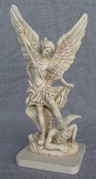 Bilde av Erkeengelen Michael Statue