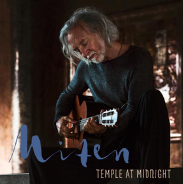 Bilde av Temple at midnight