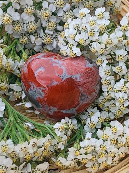 Bilde av Jaspis, Breksje Hjertesten