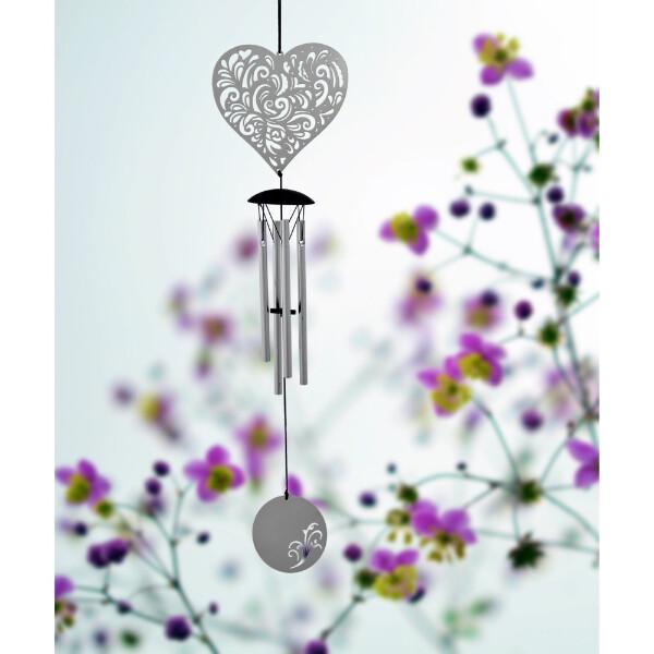 Bilde av Flourish Heart Vindklokke