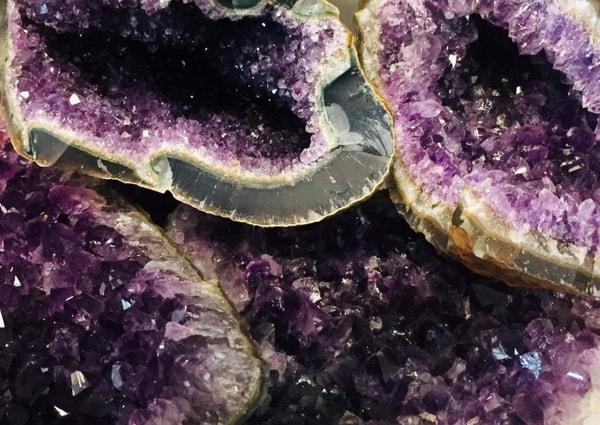 Bilde av Ametyst Geode 400-700 gram