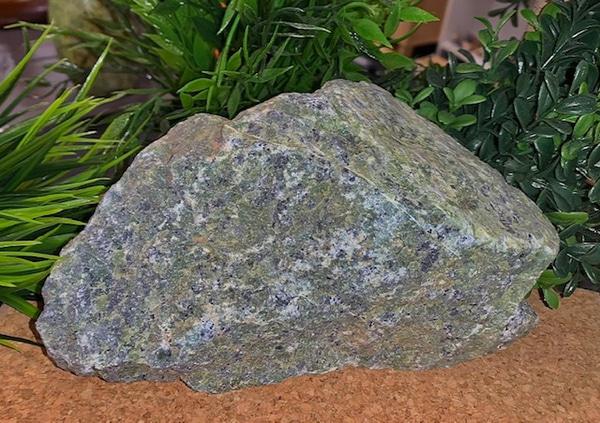Bilde av Serpentin Råstein 2,8kg