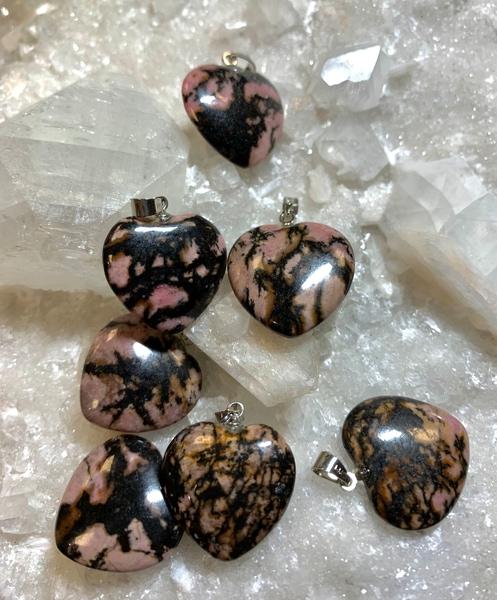 Bilde av Rhodonitt Hjerte 2cm