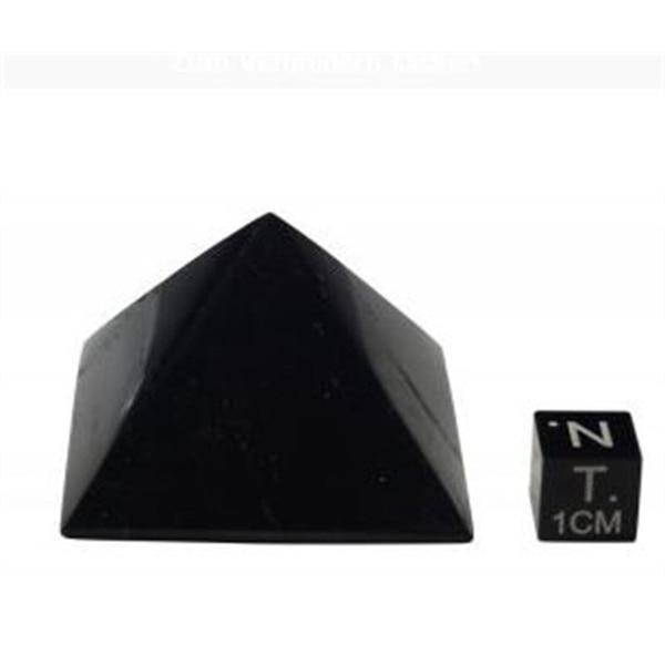 Bilde av Shungitt Pyramide 3x3cm