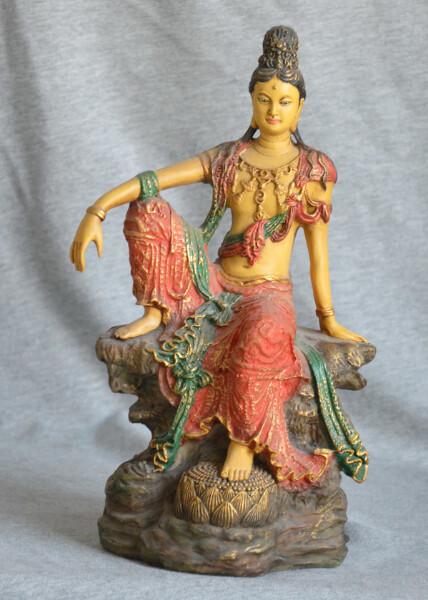Bilde av Kuan-Yin Royal Ease 25cm