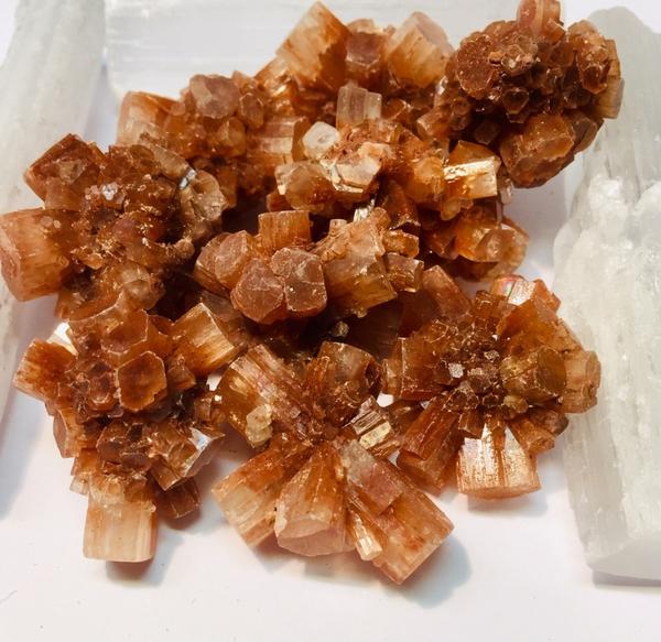 Bilde av Aragonitt Rød Cluster 2-2,5cm