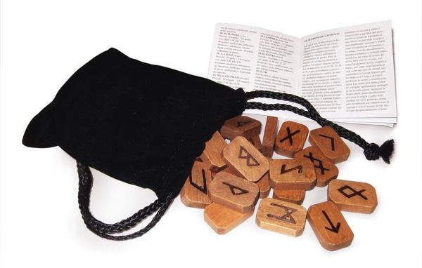 Bilde av Tre Runer i Boks