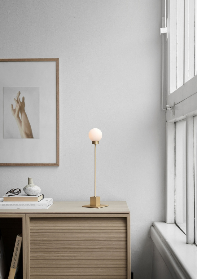 Northern Snowball table lamp, Brass
