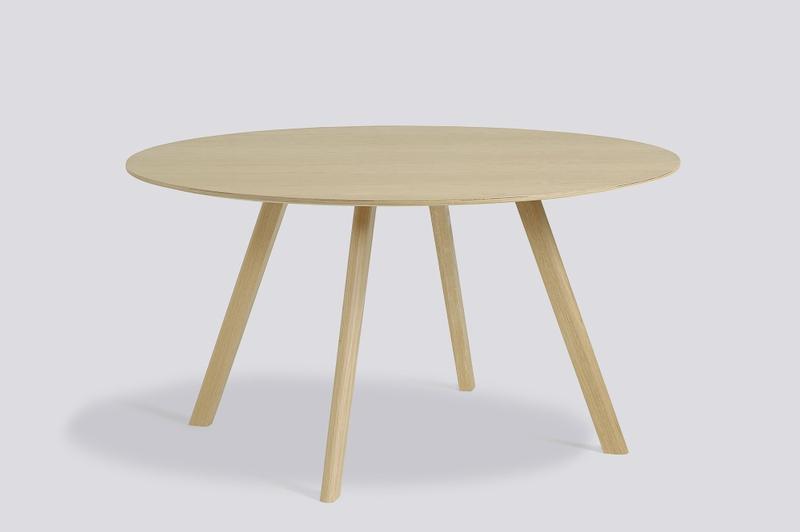 CPH25 Round Table 140cm vannbasert lakkert oak