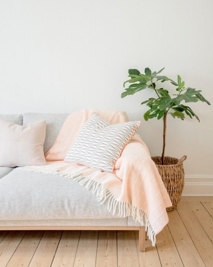 Design Lina Johansson Ruter Pledd, Light Coral