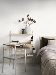 Bilde av String Bedroom workspace