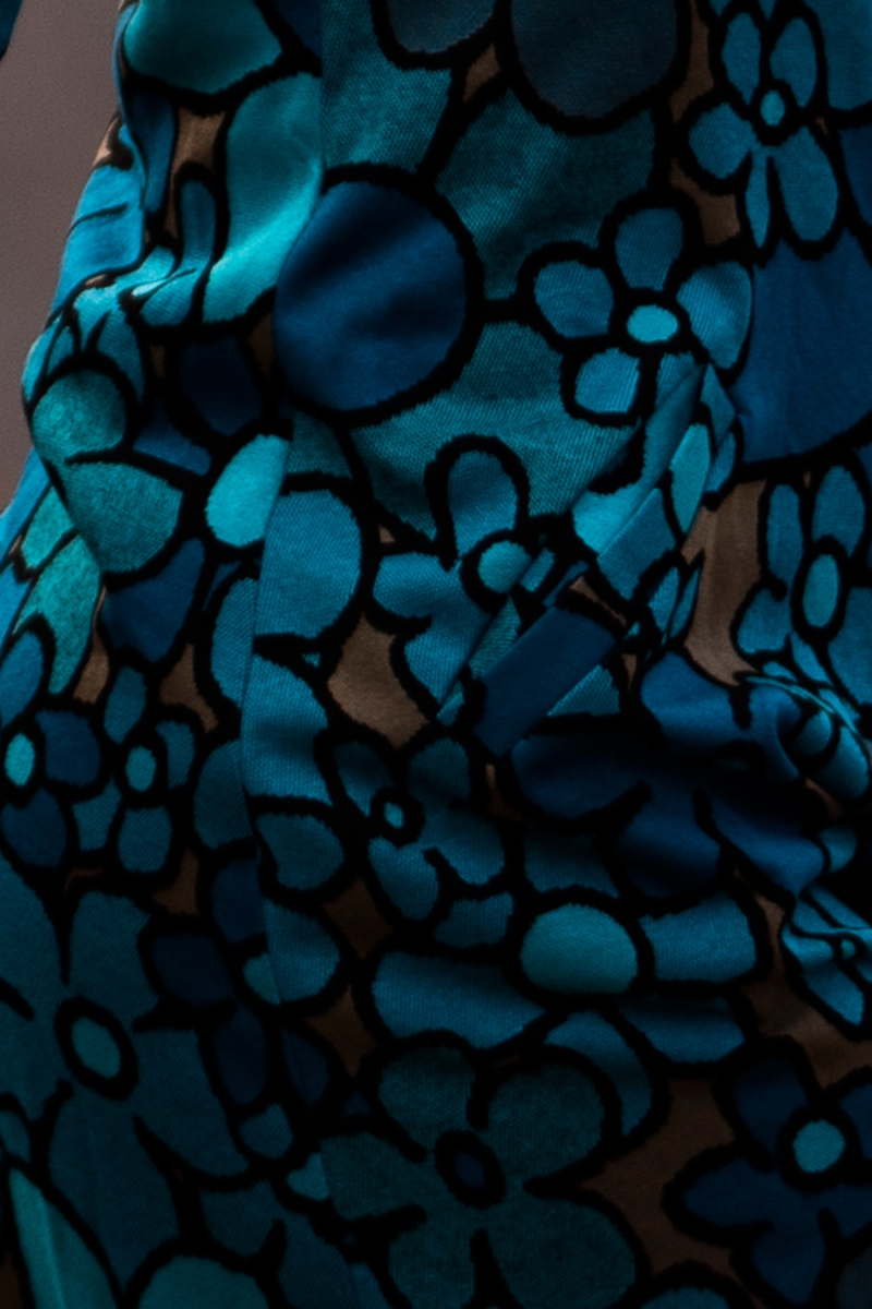 Tir blå kjole