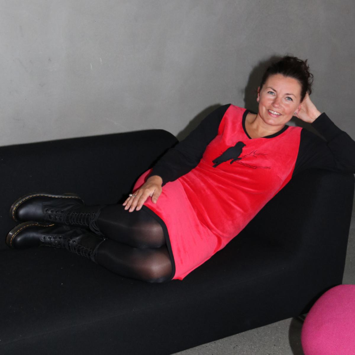Sonja  rød velur kjole