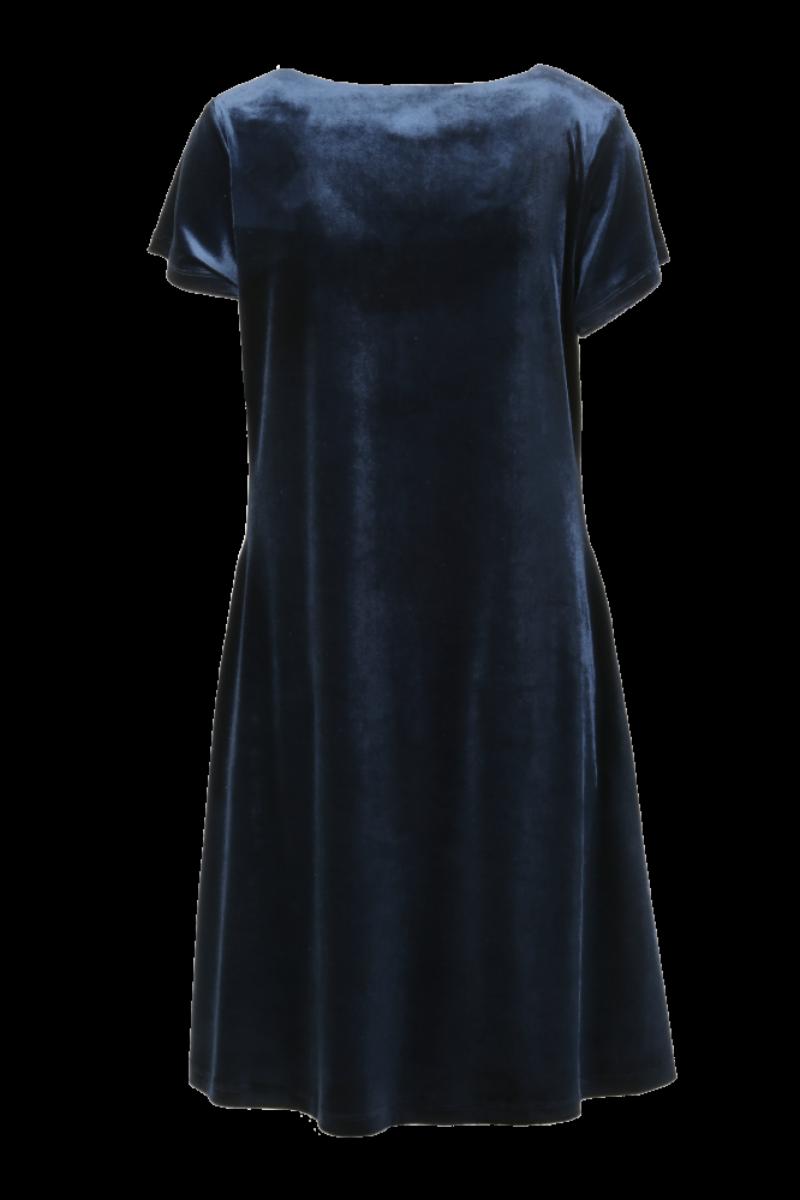 Isa blå myk velurkjole