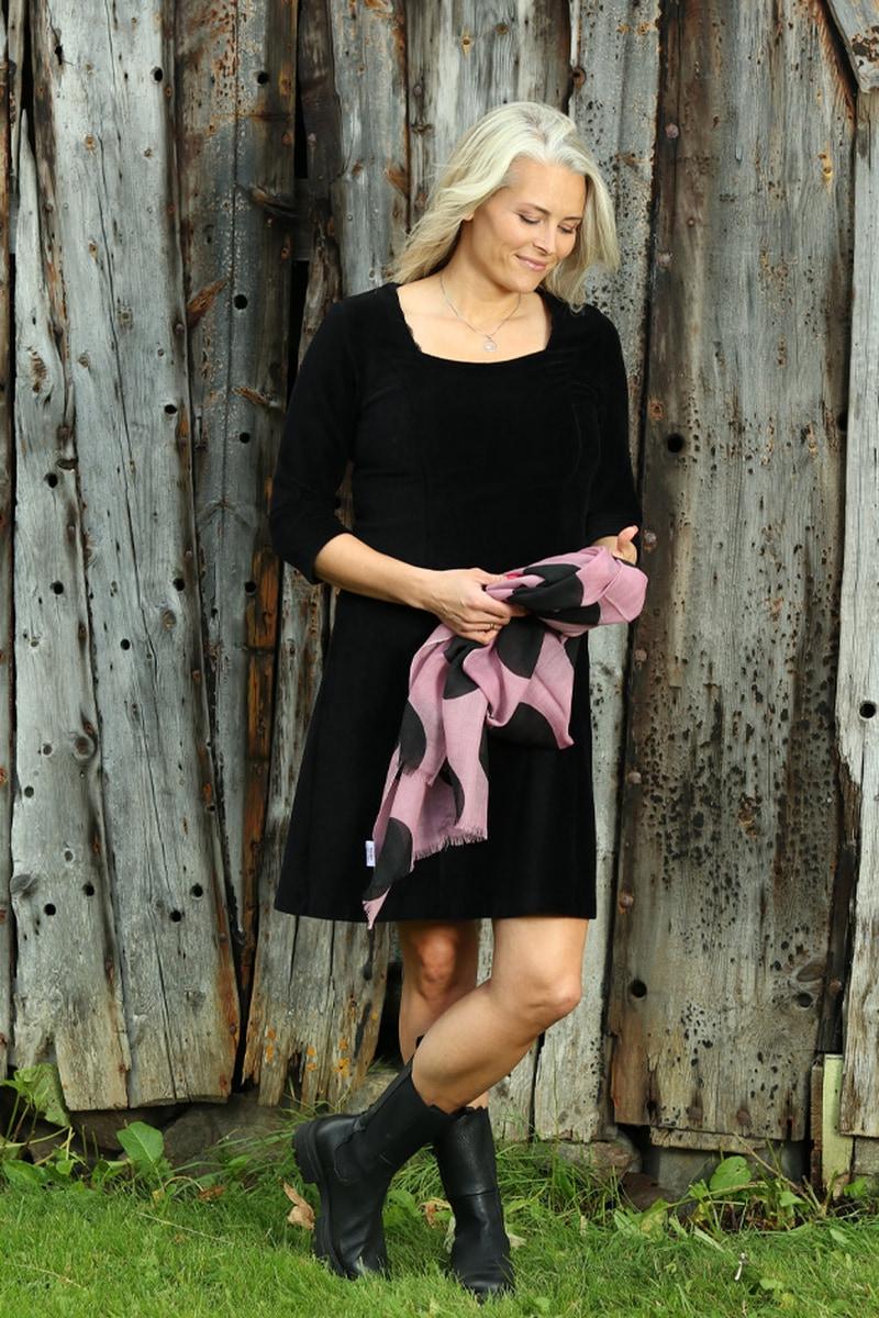 Milla kjole babycord sort