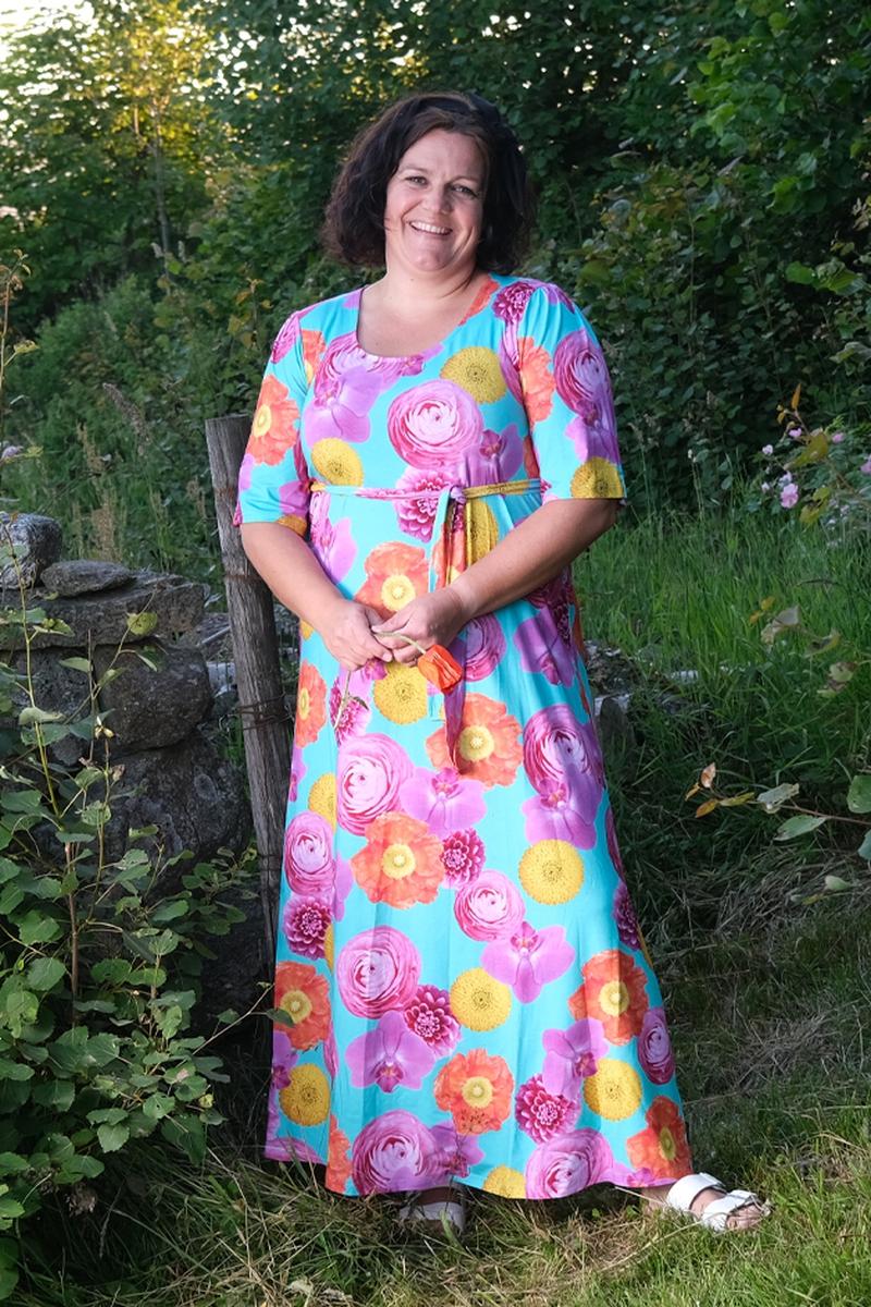 Flower power kjole D55