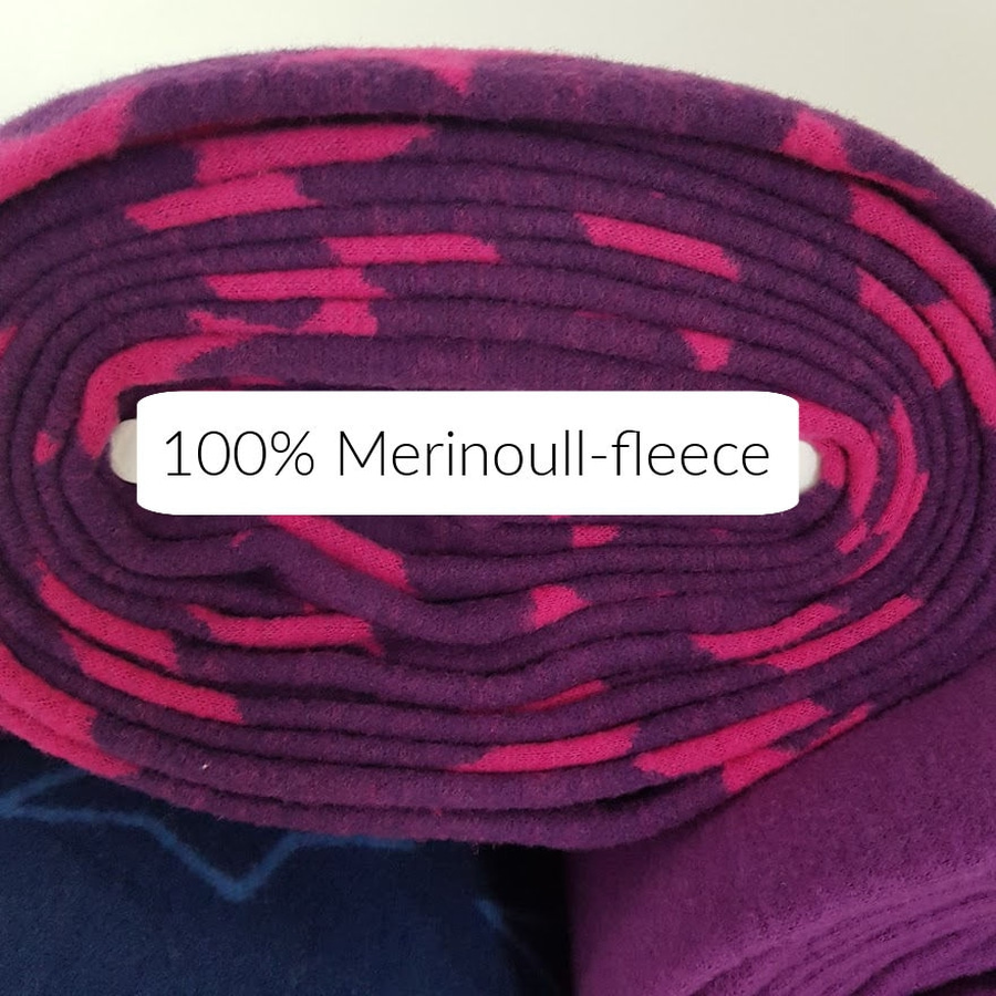 Merinoull-fleece - Stjerner lilla/rosa