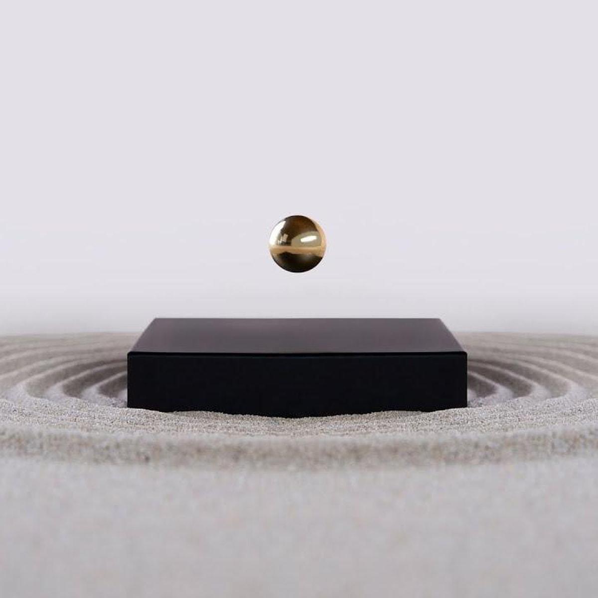 Flyte Buda Ball Black Gold