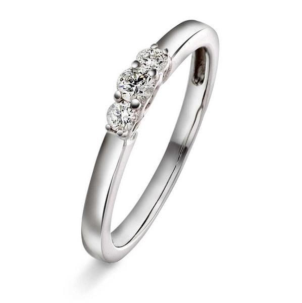 Bilde av Ring i hvittgull med