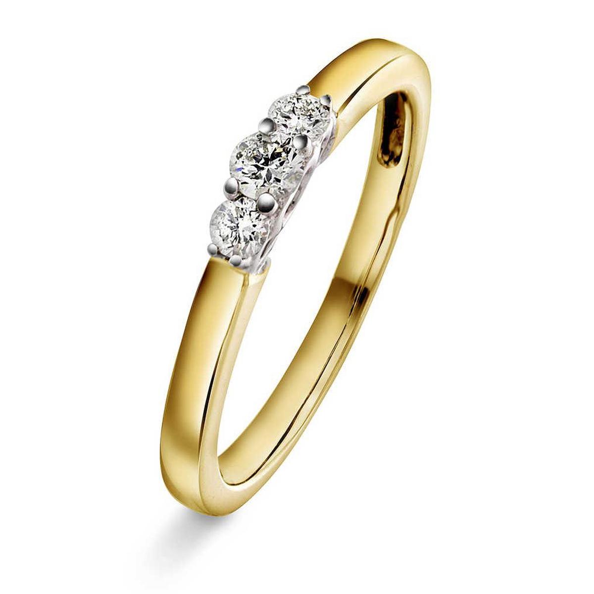Ring i Gult gull med diamanter 0,20 ct WSI