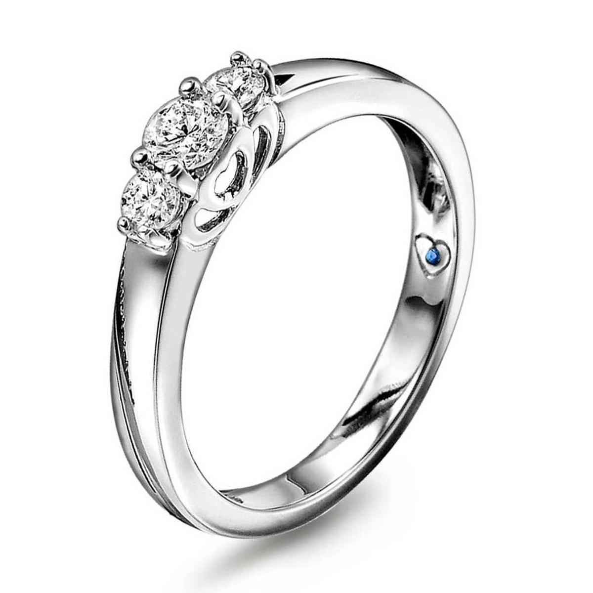 Ring i hvitt gull med diamant 0,33 ct WSI