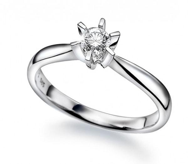 Bilde av Enstens 0,10 CT diamantring i
