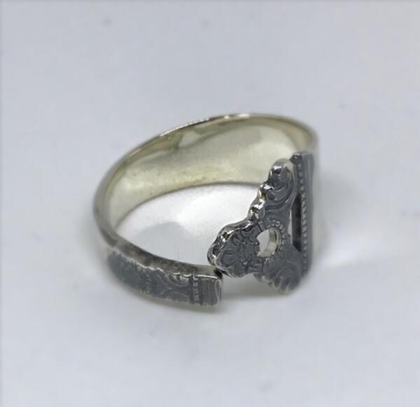 Bilde av Sølv ring fra eldre skje