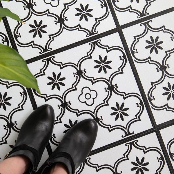 Bilde av Ornament selvklebende gulvfliser