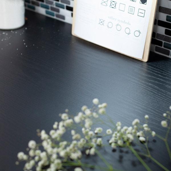 Bilde av Treverk sort matt kontaktplast