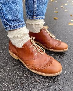 Bilde av Ruffle Socks fra PetiteKnit