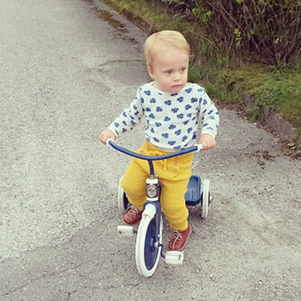 Bukse med legg av Marianne J. Bjerkman