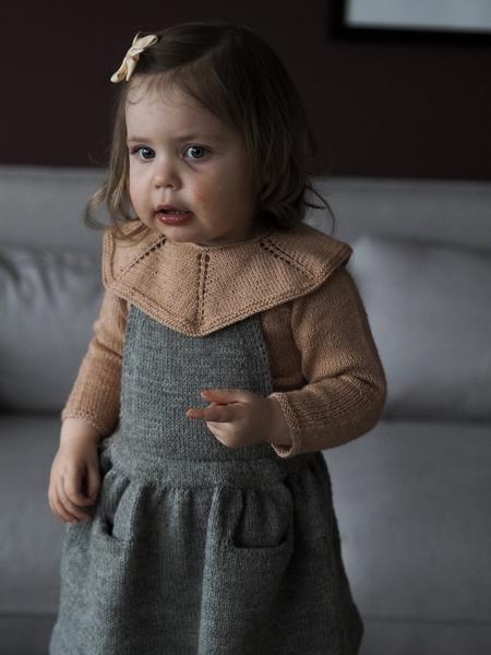 Clarabluse av Clara Knitwear