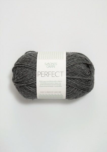 1053 Perfect grå