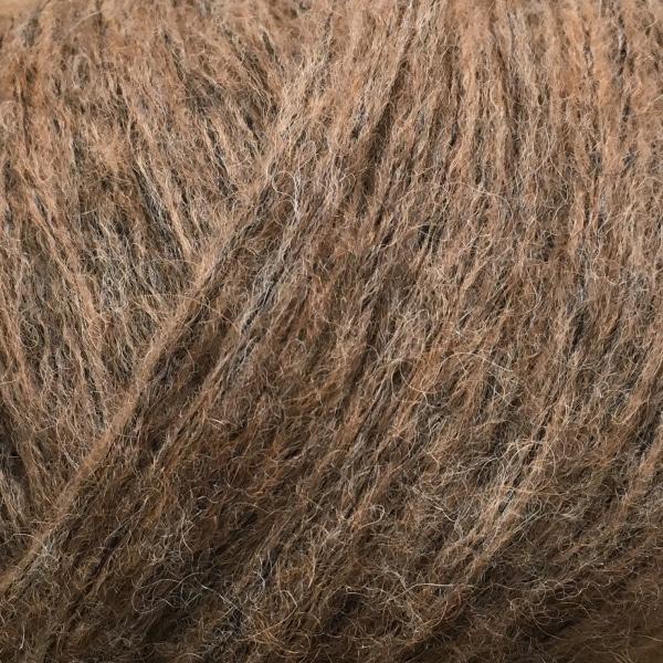 7319 Lys brun Snefnug av Camarose