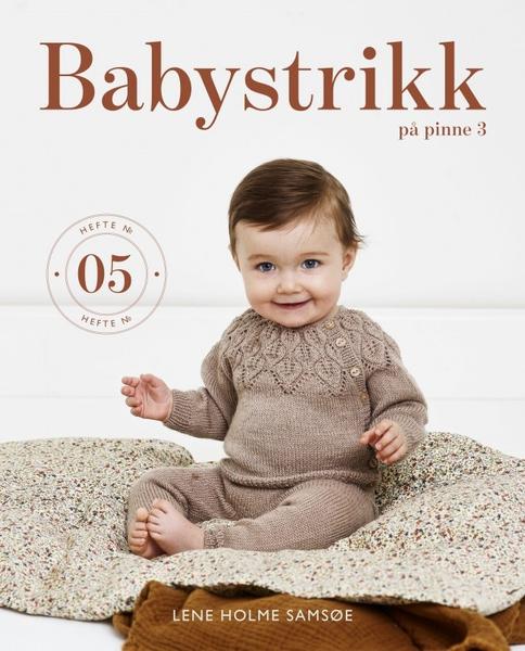 BABYSTRIKK PÅ PINNE 3, NR 05