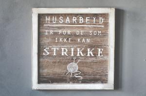 """Bilde av Treskilt """"husarbeid"""""""